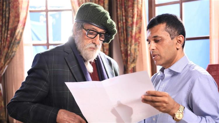 Amitabh Bachchan to recite a poem for the film Chehre